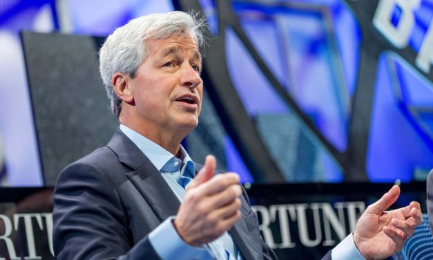After all Previous Criticism, JPMorgan CEO Jamie Dimon doesn't accept Bitcoin's Downturn