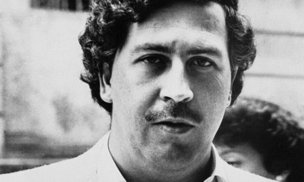 Former Columbian Drug Lord Launches Escobar Cryptocurrency to Impeach Donald Trump